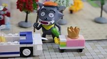 【<B>小猪</B><B>佩奇</B>玩具故事】灰太狼偷走<B>小猪</B><B>佩奇</B>的王冠