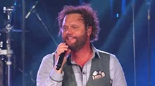 David Phelps《Little White Church》