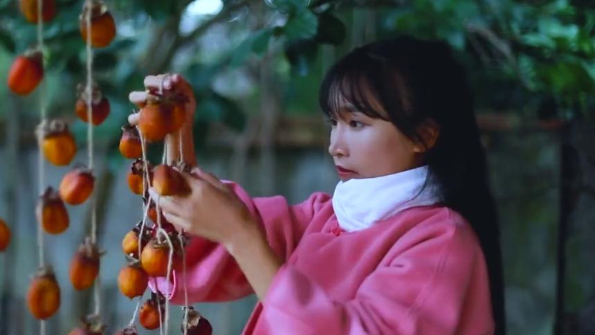 秋天做些吊柿饼尝下丰收的甜