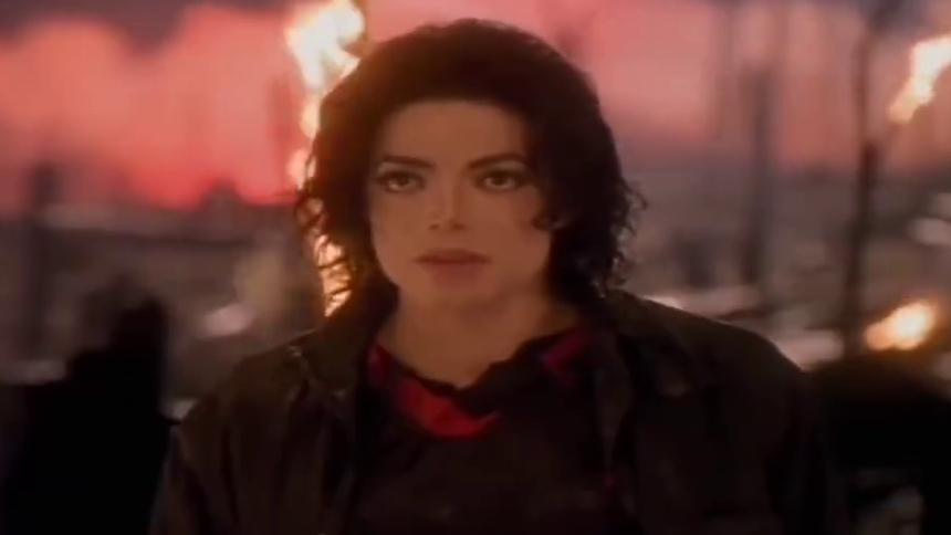 Michael Jackson《Earth song》